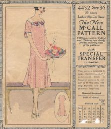 McCall 4432 Ladies' Slip on Dress    Size 36